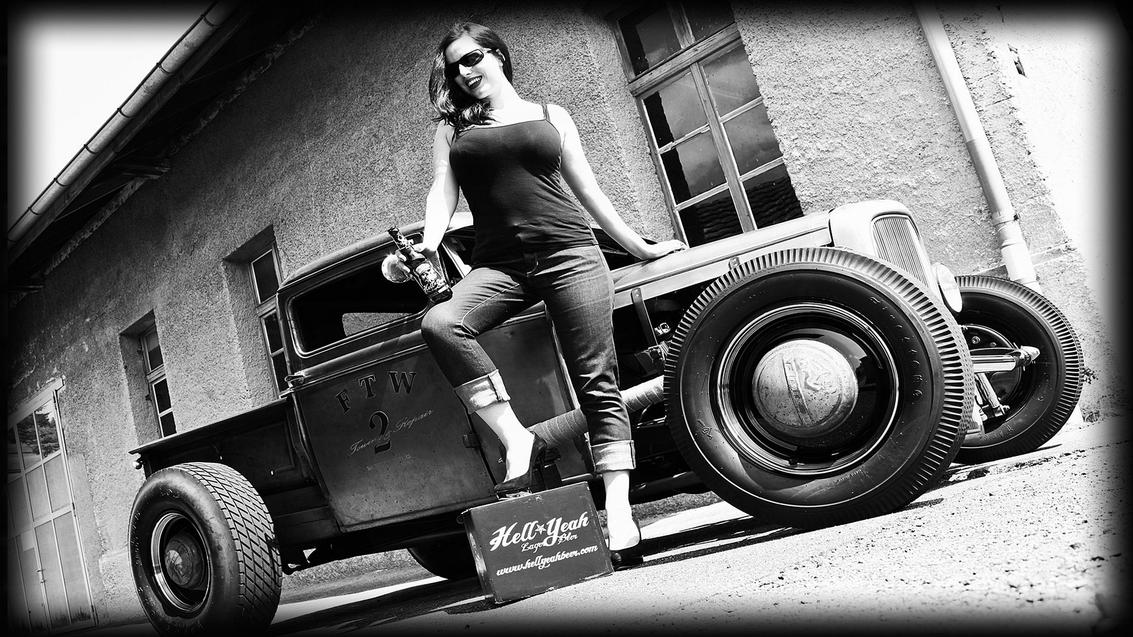 キャラ女性モノクロ車 4k壁紙 Com