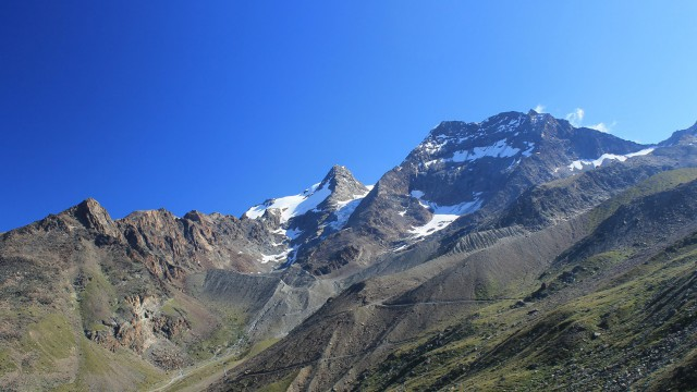 Mountain ao landscape