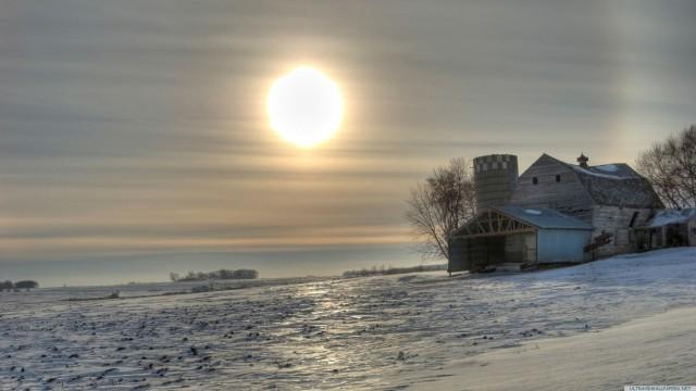 Sun snow scene