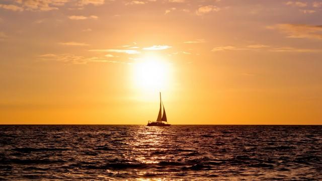 風景海ヨット夕日